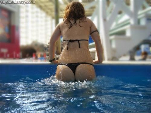 Caiu na net japonesa safada se exibindo no parque aquático em Wakayama Japao 22