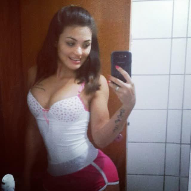 Com vocês Michellen Cristina, a nova gostosa do instagram 18