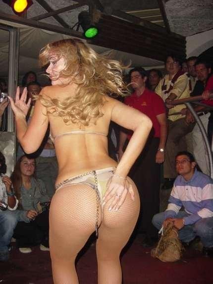 Fotos da gostosa russa Lola Melnick pelada nua 22