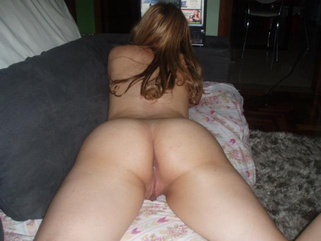 Novinha-deliciosa-mostrando-o-seu-corpo-gostoso-7