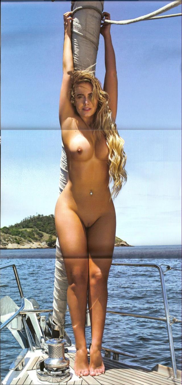 Veja fotos de Lola Melnick Nua Na Revista Playboy 11