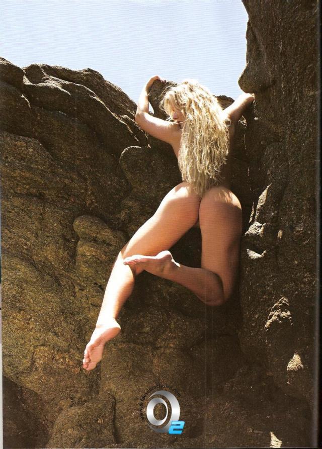 Veja fotos de Lola Melnick Nua Na Revista Playboy 14