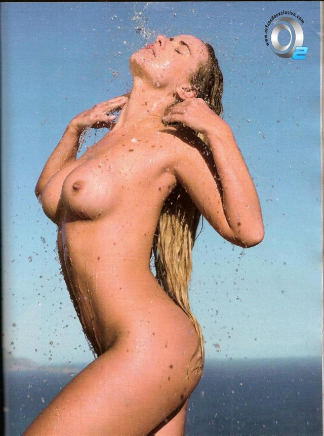 Veja fotos de Lola Melnick Nua Na Revista Playboy 15