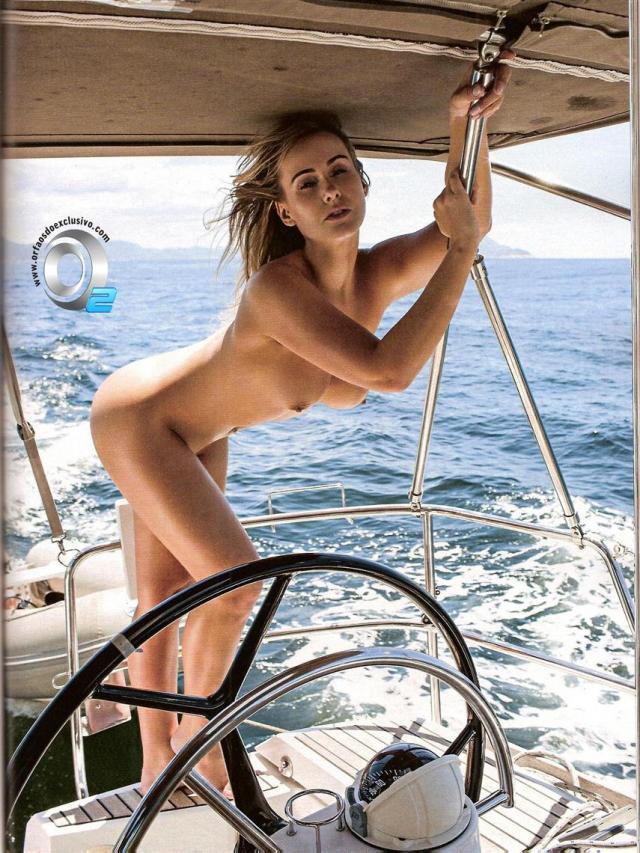 Veja fotos de Lola Melnick Nua Na Revista Playboy 19