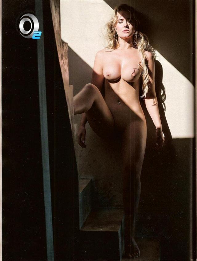 Veja fotos de Lola Melnick Nua Na Revista Playboy 4