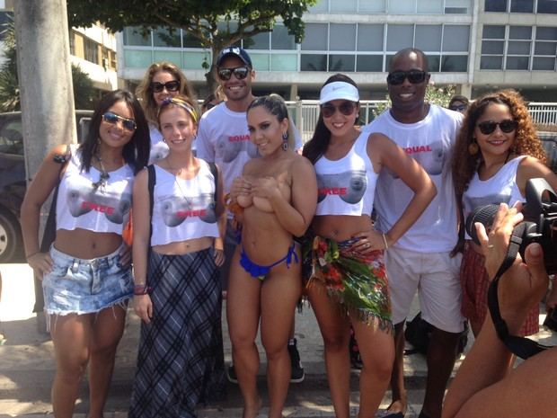 Fotos do toplessaço na Praia de Ipanema 20