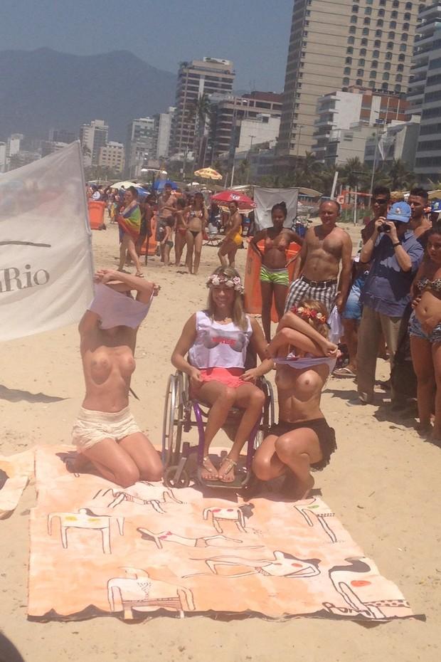Fotos do toplessaço na Praia de Ipanema 21