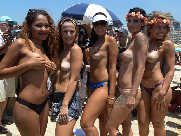 Fotos do toplessaço na Praia de Ipanema 24