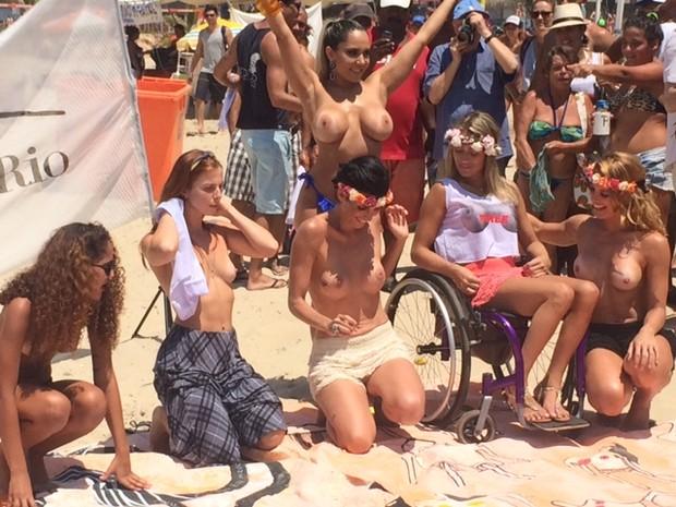 Fotos do toplessaço na Praia de Ipanema 26