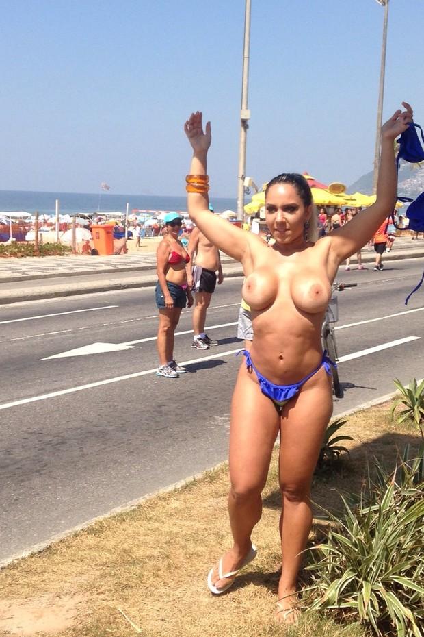 Fotos do toplessaço na Praia de Ipanema 7