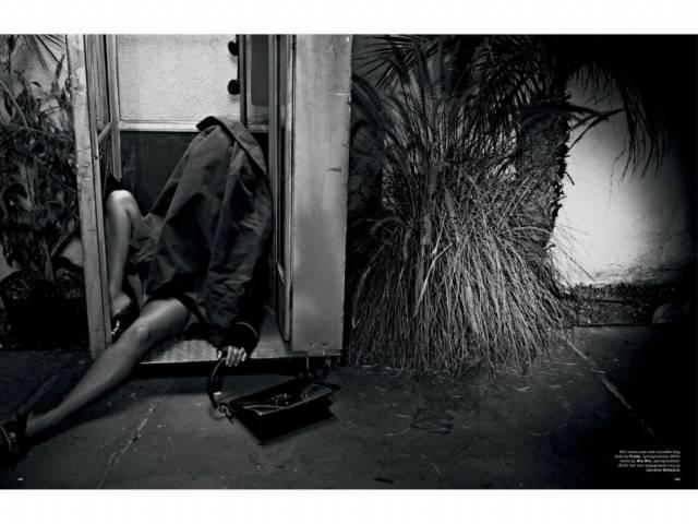 Fotos da Kim Kardashian nua na Love Magazine 10