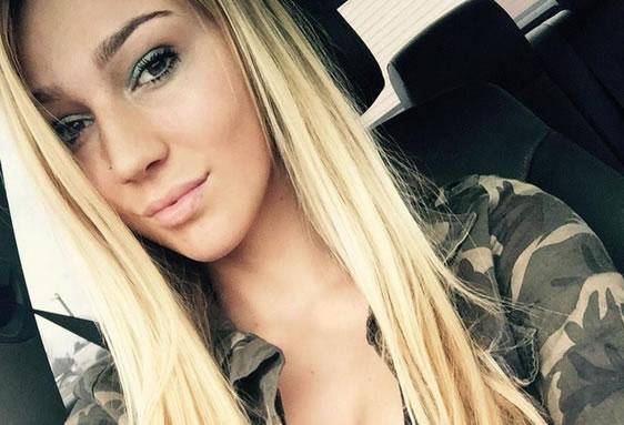 Kendra Sunderland Estudante é presa por gravar pornô em biblioteca pública 2