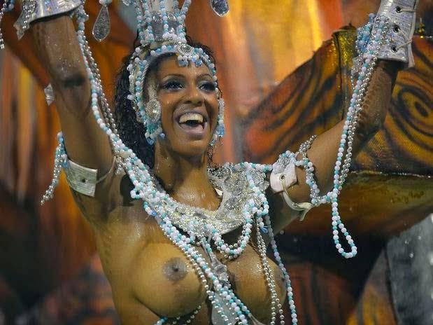 Mulheres peladas no carnaval 33