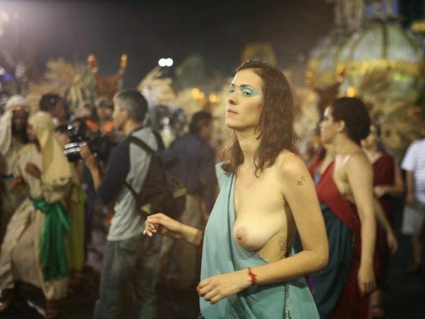 Mulheres peladas no carnaval 37