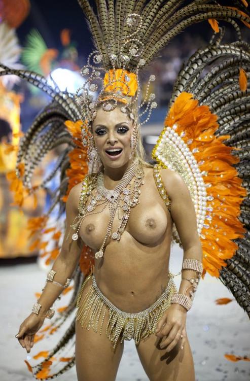 Mulheres peladas no carnaval 47