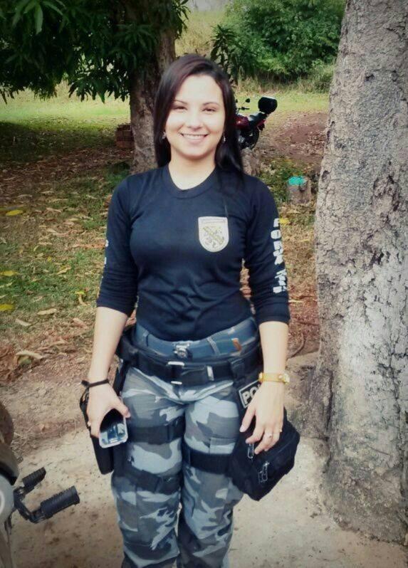 Policial gostosona caiu na net davila rodrigues 7