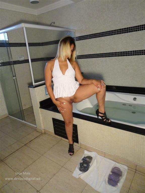 Um dia no motel com uma loiraça cavala 2