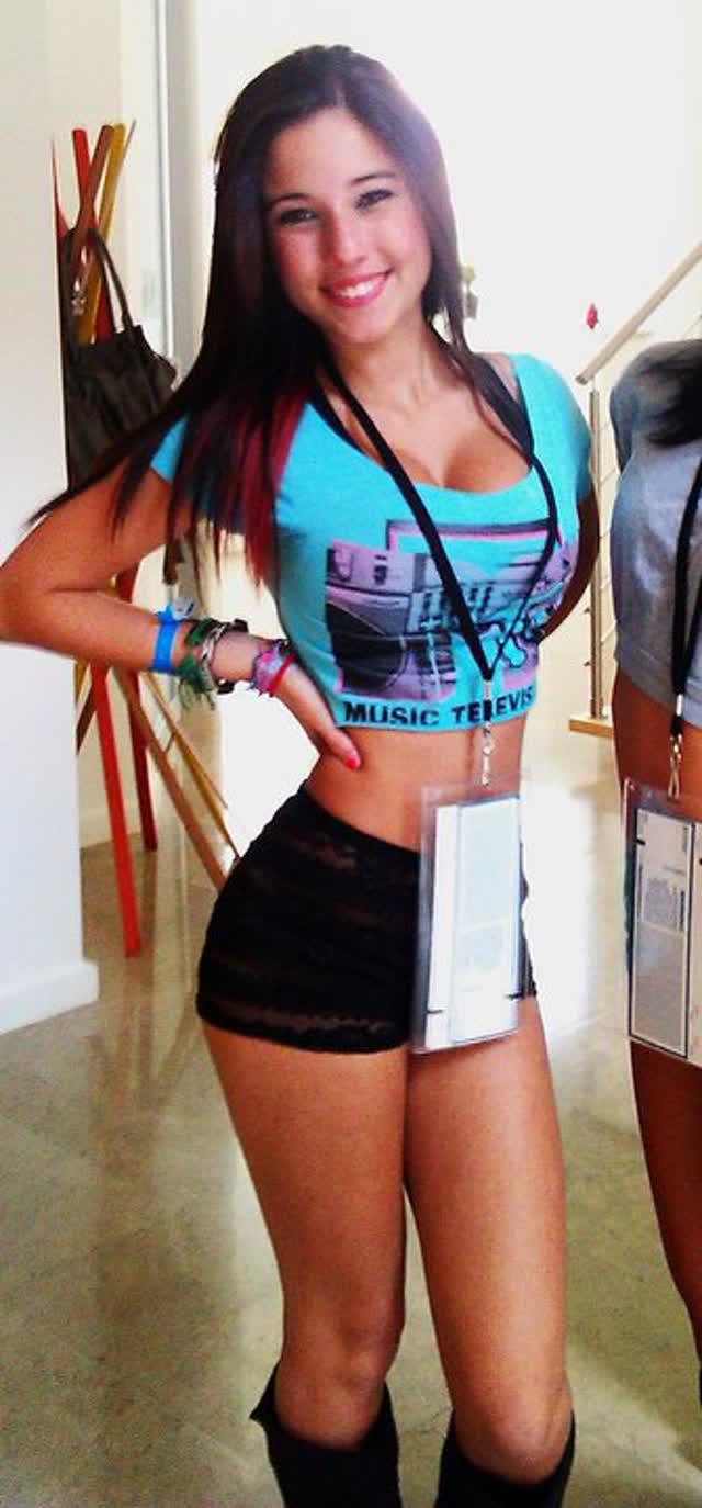 Angie Varona - A garota mais buscada do Google 9