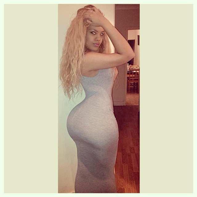 Arianna Angel nude, a menina da bunda enorme das redes sociais 19