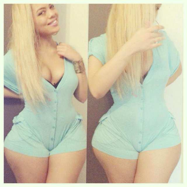 Arianna Angel nude, a menina da bunda enorme das redes sociais 4