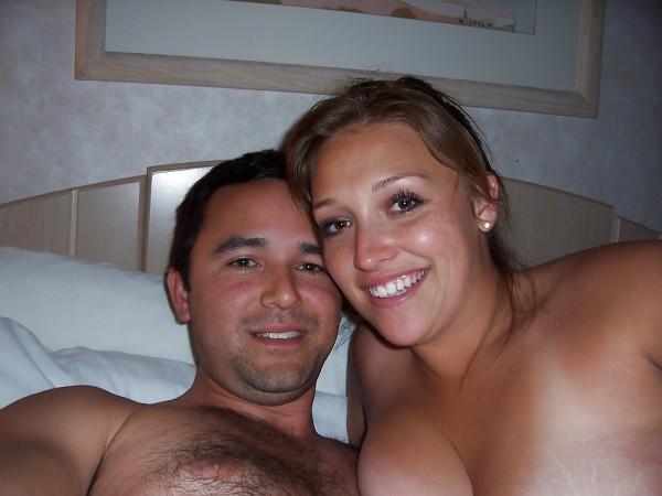 Thaís e Fabrício cairam na net fotos da esposa novinha na putaria 1
