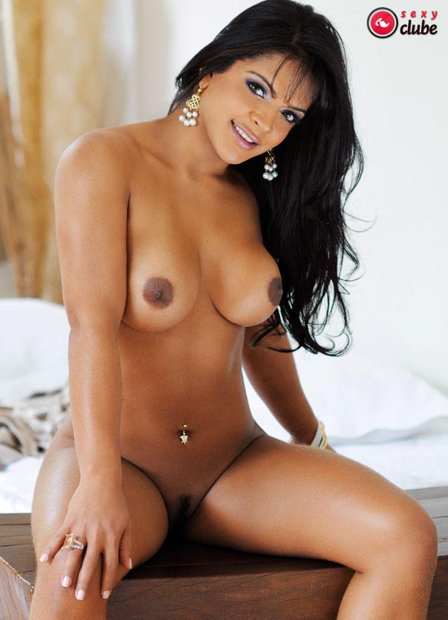 amanda bueno nua pelada na sexy revista gostosa 11