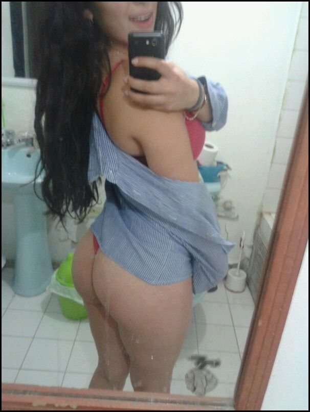 Bianca Vazou no whatsapp se exibindo pelada 17