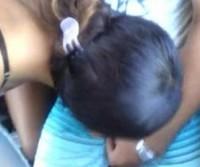 Mulher pagando boquete dentro do ônibus de São paulo