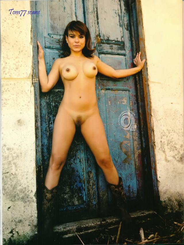 Jornalista Fernanda Alves nua pelada na Sexy de outubro 2015 10