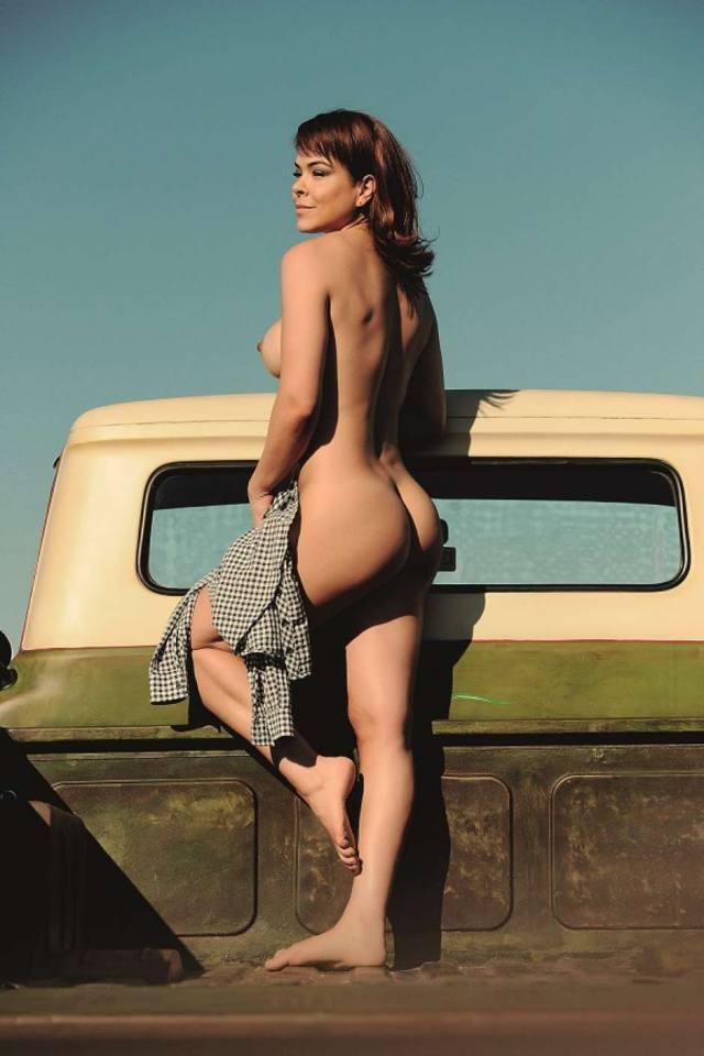 Jornalista Fernanda Alves nua pelada na Sexy de outubro 2015 26