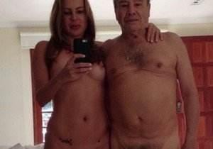fotos-do-stenio-garcia-pelado-com-esposa-caiu-na-net