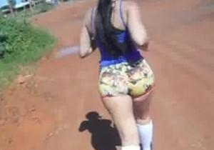 Esposa rabuda saiu pra caminhar com consolo no cuzinho - http://www.naoconto.com
