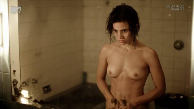 Atriz Bianca Comparato pelada em cenas de sexo 8