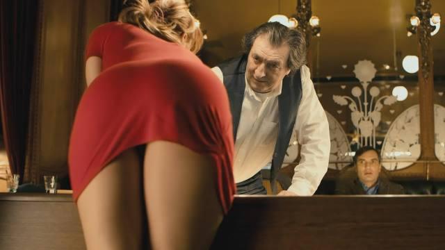 Com vocês, Eva Vica Kerekes a ruivinha mais gostosa do cinema 14