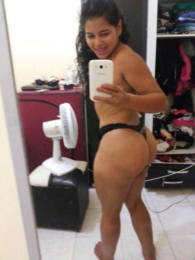 Esposa acha fotos da amante nua no celular do marido e posta no facebook 6