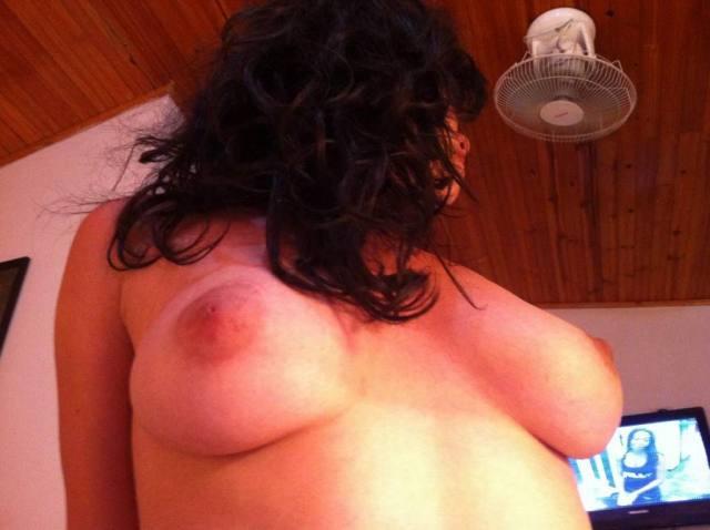 Linda de lingerie vermelha vazou na net 10