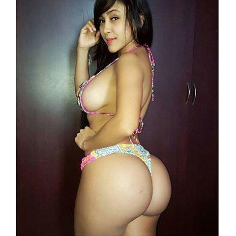 Alejandra Gil, uma morena rabuda espetacular 034