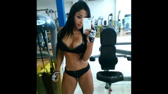 Alejandra Gil, uma morena rabuda espetacular 04