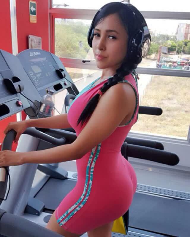 Alejandra Gil, uma morena rabuda espetacular 18