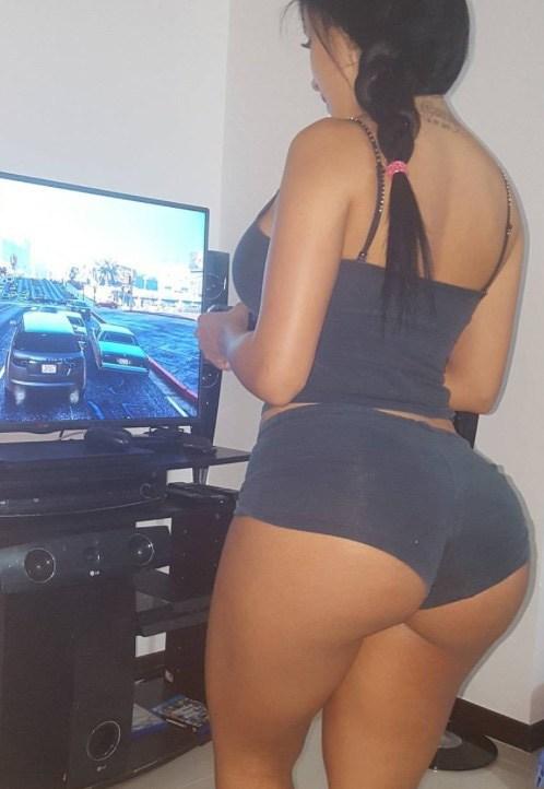 Alejandra Gil, uma morena rabuda espetacular 23