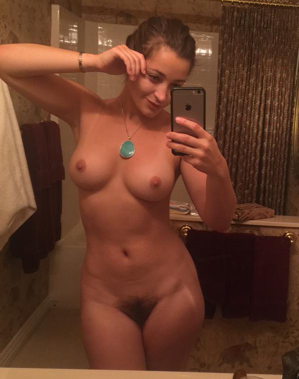 Fotos amadoras da pornstar Dani Daniels amateur nude 12