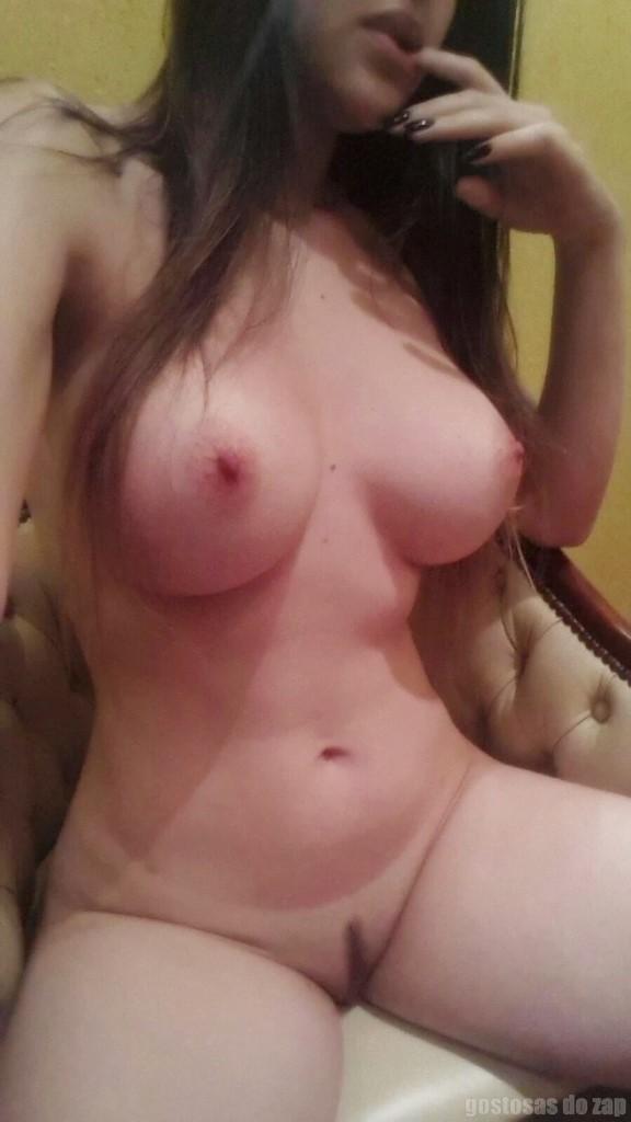 Loiraça novinha muito gostosona fotos intimas 2
