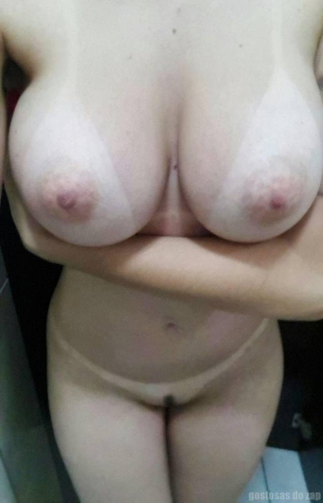 Loiraça novinha muito gostosona fotos intimas 6