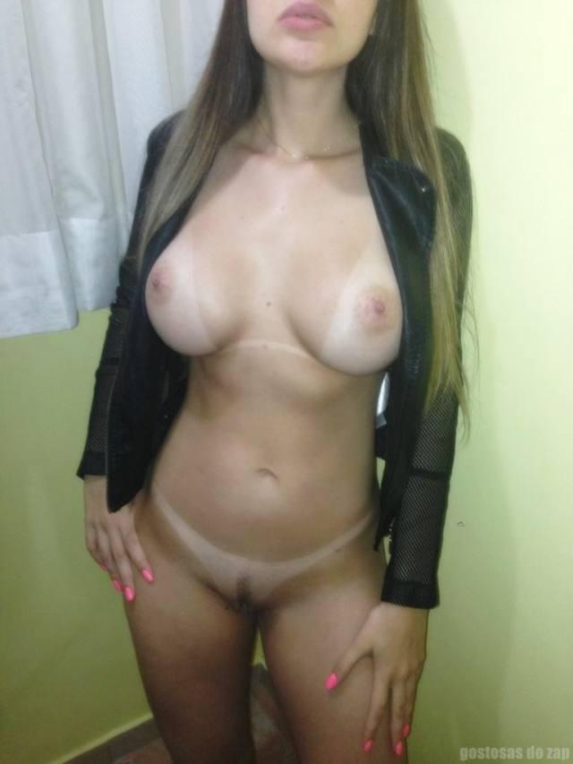 Loiraça novinha muito gostosona fotos intimas 8