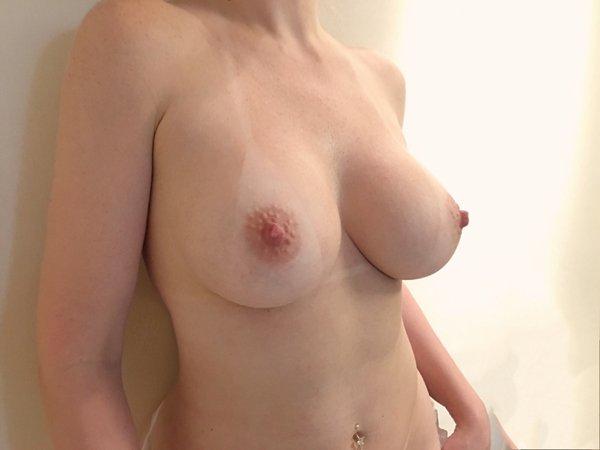 Mamãe amadora gostosa com um corpo perfeito 8