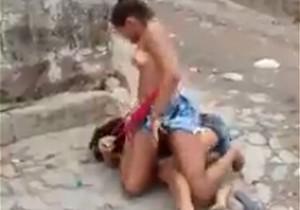 Novinhas pagando peitinho em briga por macho na Bahia