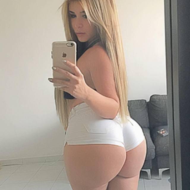 Blonde sexy avec un cul d'enfer, Streaming porno - Tukifcom