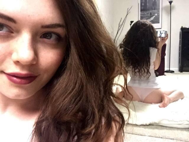 Emerson Cane a beldade que adora postar nudes no Tumblr 1