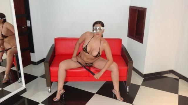 Esposa gostosona mascarada nua no motel 10