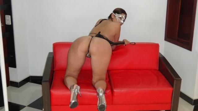 Esposa gostosona mascarada nua no motel 11